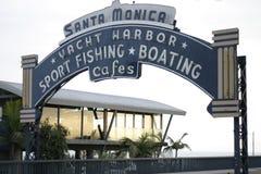 Monica-Pier-Zeichen-Tag Stockbilder