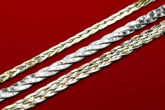 monili dell'oro 18k Fotografie Stock