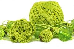 Monili verde oliva del crochet Fotografia Stock