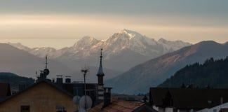 Moning scena Ortler szczyt na tle W?oscy Alps, W?ochy, Europa zdjęcie stock
