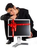 Monitor acertado de la compra del hombre de negocios Imágenes de archivo libres de regalías