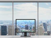 Monitor com gráfico dos estrangeiros Imagens de Stock Royalty Free