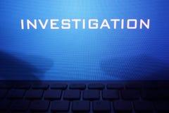 Monitor com investigação da mensagem Imagem de Stock Royalty Free