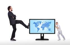 Monitor con la mappa di mondo Fotografia Stock Libera da Diritti