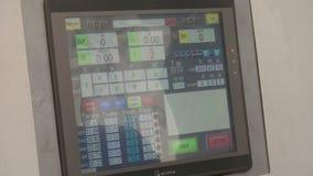 Monitor de cúbico-presser en la fábrica sintética del diamante