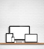 Monitor de computadora, ordenador portátil, PC de la tableta y teléfono móvil libre illustration