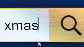 Monitor del primer del cuadro de búsqueda del procesamiento de textos de Navidad almacen de metraje de vídeo