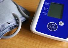 Monitor di pressione sanguigna Fotografia Stock