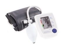 Monitor digitale di pressione sanguigna di ipertensione - Tonometer Azione I Immagini Stock