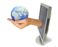 Monitor do computador com mão imagem de stock