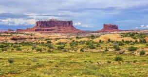 Monitor e Merrimac, vicino a Moab, l'Utah immagine stock
