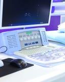 Monitor i klawiatura leczenie raka wyposażenie zdjęcia royalty free