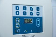 Monitore a máquina de raio X, conceito saudável da tecnologia, equipamento Conceito dos cuidados médicos imagens de stock royalty free