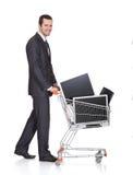 Monitores de compra do Lcd do homem de negócios alegre Imagem de Stock Royalty Free