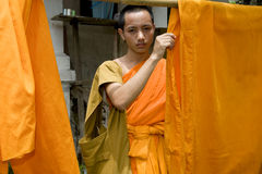 Monje Buddhistic en Luang Prabang, Laos Fotos de archivo