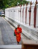 Monje budista en Bangkok Fotografía de archivo libre de regalías