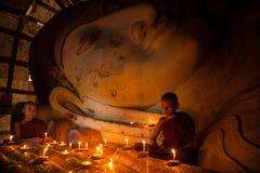 Monje budista joven del neófito Fotos de archivo libres de regalías
