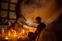 Monje budista joven del neófito Imagen de archivo