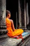 Monje de Angkor Wat Templo budista antiguo del Khmer de TA Prohm en Cambo Fotografía de archivo libre de regalías