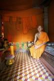 Monje en el país en Camboya Foto de archivo