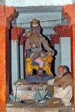 Monje en el templo de Patalpuri Foto de archivo libre de regalías