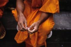 Monje Phnom Penh, Camboya Imagenes de archivo