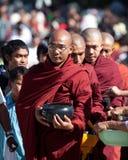 Monjes birmanos Imagenes de archivo