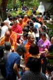 Monjes de Asia en la celebración del cumpleaños de Buda Imagenes de archivo