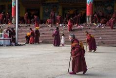 Monjes de la academia del budista de Seda Foto de archivo