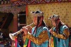 Monjes jovenes en el festival de Paro Tsechu, i Imagenes de archivo