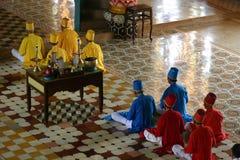 Monjes que ruegan Foto de archivo