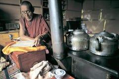 Monjes tibetanos Imagenes de archivo