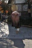 monk för allmosabunkebuddist Royaltyfria Bilder