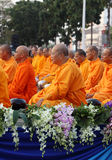 Monks wait the auspicious to walk to the public Royalty Free Stock Photography