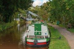 Monmouthshire & Brecon运河,在Usk,波伊斯,威尔士,英国的Talybont 免版税库存图片