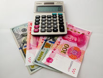 Monnaie fiduciaire de dollar US de RMB et Photo stock
