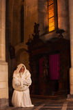 Monnik in gebed Royalty-vrije Stock Foto
