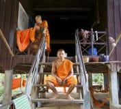 Monniken thuis in Kambodja Stock Foto's