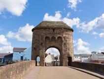 Monnow桥梁蒙茅斯历史的旅游胜地Y形支架谷威尔士英国 免版税库存图片