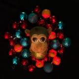 Mono en decoraciones de la Navidad Símbolo chino del Año Nuevo Foto de archivo