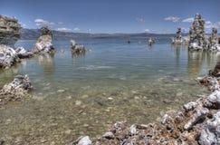 Mono tobas volcánicas del lago Imagen de archivo libre de regalías