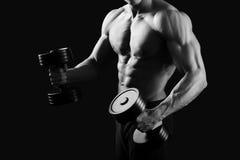 Monochromatyczni strzały męski bodybuilder Fotografia Royalty Free