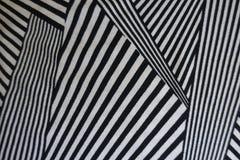 Monochrome геометрическая картина на ткани стоковые фото