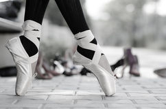 Monochrome closeup of a ballerinas feet in Pointe Stock Images