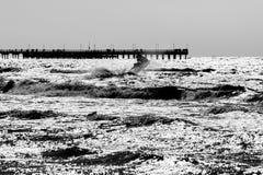 Monochrome de pont de Palanga Photographie stock