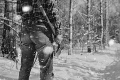 Monochromu krajobrazu mężczyzna z cioską Obraz Stock