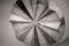 Monocrome makro- strzał drewniany mięsny tenderizer, metal końcówka zdjęcia royalty free