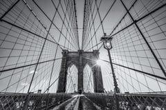 Monocromo del puente de Brooklyn Fotos de archivo libres de regalías