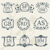 Monogramas de la boda de la elegancia del vintage con los marcos florales Acción del vector ilustración del vector