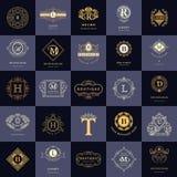 Monogramme de symboles graphiques à traits Calibres de conception de logos de vintage réglés Emblème de lettre de signe d'affaire Image libre de droits